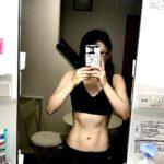 """<span class=""""title"""">あーあ かっこいい体になりたい! でも下半身も上半身も筋肉痛!! だから無理せず今日は体幹とHIIT! HIIT、、  #体型記録 #ダイエット #背筋 #スクワットOL #筋トレ #筋トレ動画 #lfl #受付嬢 #bodymake #美ボディ #muscle  ..</span>"""
