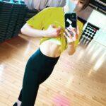 """<span class=""""title"""">16% 体重はあと-4㌔💦😂  #久々にお腹だしー😁 #トレーニング女子 @hukkinjoshi #腹筋女子 @fitness_joshi #フィットネス女子  . . . studioありがとうございました😌❣️ . . #ボディメイク #筋トレ #スタイル ..</span>"""