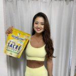 "<span class=""title"">@myroutine.jp の新商品! サクレレモンとコラボのプロテイン🍋  明日、6/16発売です✨(夏季限定、数量限定)  サクレレモンのアイス、高校生の時毎日食べてた☺️笑  プロテインにサクレレモンアイス混ぜて 飲んでみたい🍋  寝起きで目ぱんぱん+顔焼いてへんか ..</span>"