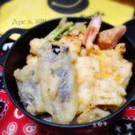 """<span class=""""title"""">⋆⑅ 日曜日のお弁当旦那くんだけだし 手抜きだけど…色々入れたよ😆  とり、🍆、筍、ちっこいカブ、カニカマ 人参芋、レンコンとモリモリ揚げたよ  #人参芋 はお義母さんにいただいて 天ぷらが美味しいよーって聞いたので #天丼 にしてみました 人参の .. #お弁当コンテスト</span>"""