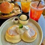 """<span class=""""title"""">. . . パンケーキ食べに再び🤤🥞 . 何回でも行きたい🤤❤️✨ また行こーっと! . . . _ _ _ #恩納村 #恩納村カフェ #tripcafeokinawa #tco #ふわふわパンケーキ #バーガー #ピンクグレープフルーツ #オレンジ #朝ご ..</span>"""