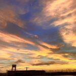 "<span class=""title"">. 幻想的 . #goodmorning . #2020 #orangesky #bluesky #okinawagram #japan_bestsunset #japan_sunset_photogroup #japan_sunset_worldhubp ..</span>"