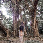 """<span class=""""title"""">. 沖縄本島から海中道路を渡って行ける離島🏝 浜比嘉島🐚 . 📍東の御嶽(あがりのうたき) 大きなガジュマルの樹がとっても神秘的で ここは島一番のパワースポットなんだって🌲 . 確かにね、ここへ足を踏み入れた瞬間 全身に鳥肌がたったの! 壮大なエネルギーを感じた場所💫 . ..</span>"""