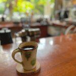 """<span class=""""title"""">* 読谷村にあるゆったりカフェ☕️ テラスも店内も緑いっぱいで、一杯一杯挽いてくれるコーヒーの香りで癒される空間でした💗 . ぜひ誰か連れてまた行きたいな〜🥰 . . 〜MEMO〜 bloom coffee okinawa (ブルームコーヒーオキナワ) @bloomcof ..</span>"""