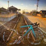 """<span class=""""title"""">. . . 今月の風景😊 ~三木市三木鉄道別所駅跡~ . . . 「別所ゆめ街道」と名付けられ 遊歩道として整備されています。 ホームは線路を残し休憩所として改築されました😊 . . . とても良き雰囲気です✨ . . . #ロードバイク #ロード .. #ロードバイクJP</span>"""