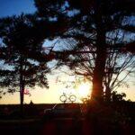 """<span class=""""title"""">昨年息子ちゃんと行った #バイクロア #bikelore10  レース終了後夕日がキレイだったのでしばらく待ってたら…silhouetteがお気に入りの🚲shotが撮れました!! 🚲オーナーサンからDM来ないかな(笑)!?  #bikelore の .. #ロードバイクJP</span>"""