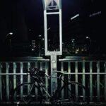 """<span class=""""title"""">まだ誰も起きていない静かな時間に 一人で走るのも好き ロードバイクは色んな楽しみ方があるね!  #nightlife #roadbike #ロードバイク #ロードバイクのある風景 #街頭攝影 #自転車 #サイクリング #ナイトライド #iPhone1 .. #ロードバイクJP</span>"""