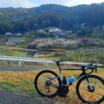 """<span class=""""title"""">近所に梅の花を観に行ってきました 帰りにちくまるくん号に遭遇🚋  #自転車のある生活 #自転車のある風景 #ロードバイク #ポタリング #サイクリスト #サイクリング #ヒルクライム #坂バカ #英彦山 #cannondale # .. #ロードバイクJP</span>"""