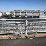 "<span class=""title"">背景ごちゃごちゃw #ロードバイク #ロードバイクのある風景 #alminium #nakagawa #roadbike_jp #ロードバイクJP</span>"
