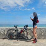 """<span class=""""title"""">気持ち良い天気🌈 南からの優しい風が入り、太陽も出てきて気温もあがりました。お昼前に海沿いライドへ。  素晴らしい海の色でしょう🤗  こんなに綺麗な海ですが、近づくとたいへんな事になっています。  後程またアップします。  #西表島 #自転車で西表 .. #ロードバイクJP</span>"""