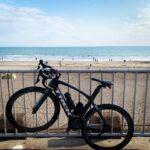 """<span class=""""title"""">逗子〜江ノ島にかけての国道134号線は交通量が少なかったら快適🚴♂️地元の方が自転車のサイドにサーフボードを載せて走ってる風景は独特ですね  #ロードバイクある生活 #trekbike #trek #ridesolo #ロードバイク #ロート .. #ロードバイクJP</span>"""