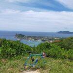 """<span class=""""title"""">糸島半島の立石山 眼下に芥屋の大門を見下ろす 低い山だけど斜度がかなりあるのでキツい山です 来週には手術なので今のうちに走る!  #ロードバイク #ロードバイクjp #ロードバイクのある生活 #ロードバイクのある風景 #自転車 #自転車のある風景 # .. #ロードバイクJP</span>"""
