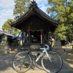 """<span class=""""title"""">#ロードバイクと神社 940  清須市阿原宮東の郷社 河原神社⛩  創建は不明。 星の宮として古くから地元民に親しまれる。 実際『張洲府志』には 「河原神社は阿原村にあって今は星宮という」 記述があり、近くに城北線の尾張星の宮駅もある。  過去pic .. #ロードバイクJP</span>"""