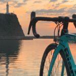 """<span class=""""title"""">スッキリしないお天気な上に寒い〜🥶 先日の灯台写真。  思いっきり乗りたい🚴♀️ 明日こそ晴れて〜〜☀️ 晴れなくてもいいから 雨降んないで〜〜(妥協🤣)  #ビアンキ #ビアンキ女子 #ビアンキと灯台 #ロードバイクのある風景 #ビアンキ .. #ロードバイクJP</span>"""